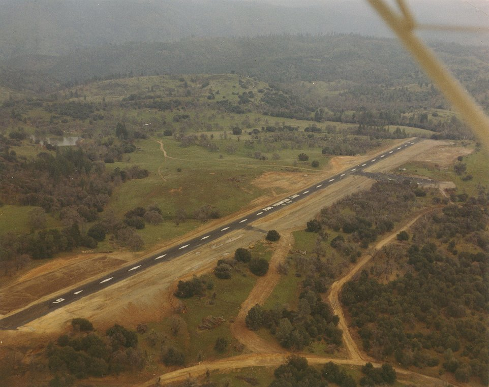 E45 Pine Mountain Lake Airport Webcam - Historical Photos